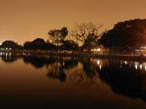Lake på natten Fotografering för Bildbyråer