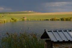 Lake på solnedgången arkivbilder