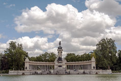 Lake Parque del retiro in madrid Royalty Free Stock Photography