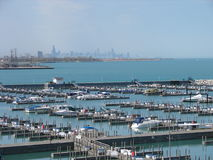 Lake pier and Chicago skyline Royalty Free Stock Photos