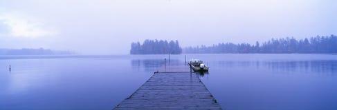 Lake Placid i höst arkivfoton