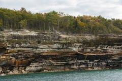 Lake- Superiorklippe szenisch lizenzfreie stockfotos