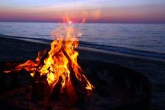 Lake- Superiorstrand-Lagerfeuer Lizenzfreies Stockfoto