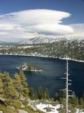 Lake Tahoe. Baia verde smeraldo Immagini Stock Libere da Diritti