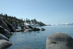 Lake Tahoe im April Stockfotos