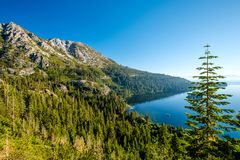 Lake Tahoe landskap - Kalifornien, USA royaltyfri bild