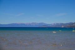 Lake Tahoe toppig bergskedja Nevada Mountains California Royaltyfria Bilder