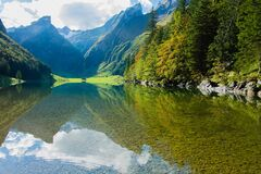 Lake in valley Royalty Free Stock Images