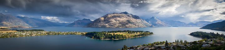 Lake Wakatipu in New Zealand Royalty Free Stock Photography
