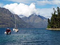 Lake Wakatipu, Queenstown, New Zealand Royaltyfria Foton