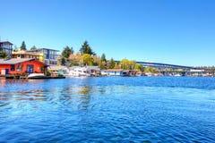 Lake Washington. Bootshäuser lizenzfreie stockbilder
