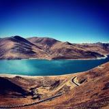 Lake yamzho yumco. The Lake yamzho yumco of Tibet in winter Stock Photos