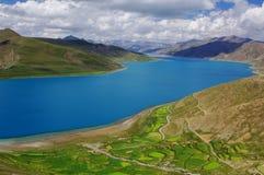 Lake Yamzho Yumco Royalty Free Stock Image