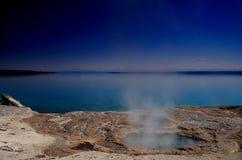 lakefjäder yellowstone Arkivfoto