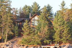 lakehouse пущи Стоковая Фотография