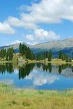 Lakereflexion Fotografering för Bildbyråer