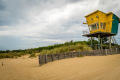 Lakes entrance beach and lifeguard rescue station Stock Photography