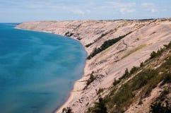 lakeshore nationella föreställda rocks Royaltyfri Bild