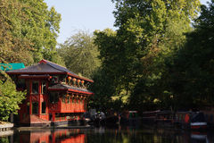 Lakeside Chinese restaurant Royalty Free Stock Images
