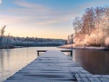 Lakesidesoluppgång Arkivfoton