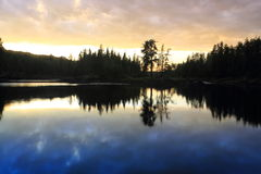 lakesoluppgång Arkivbilder