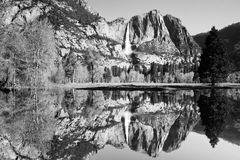 lakespegel yosemite Arkivbild