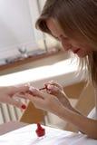 lakier do paznokci aplikacji Fotografia Royalty Free