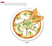 Laksa oder singapurische Nudelsuppe mit Mehlkloß-und Fleisch-Ball Lizenzfreie Stockfotos