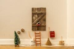Lala domu drzwi dla Święty Mikołaj Zdjęcia Royalty Free