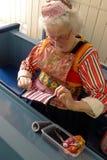 Lala jest ubranym Holenderskiego tradycyjnego kostium Obrazy Royalty Free