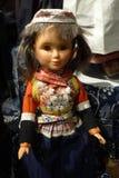 Lala jest ubranym Holenderskiego tradycyjnego kostium Zdjęcia Royalty Free