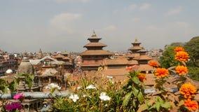 LALITPUR, NEPAL - 7 Patan Durbar PAŹDZIERNIKA 2018 kwadrat w Kathmandu dolinie Buddist i Hinduska świątynia, Royal Palace zbiory wideo
