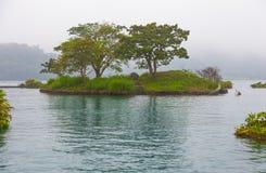 Lalu ö, solmåne sjö, Taiwan Royaltyfri Fotografi