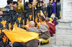 Lama fuera del templo de Dazhao imagen de archivo libre de regalías