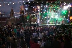 Lama's, Galicië, Spanje - Mei, 8, 2018: Overleg door het beroemde orkest van Parijs DE Noia bij de populaire festivallen van de s royalty-vrije stock foto