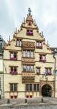 LaMaison des Têtes i Colmar Royaltyfri Fotografi