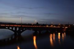 Lamar桥梁在日落期间的奥斯汀 库存图片