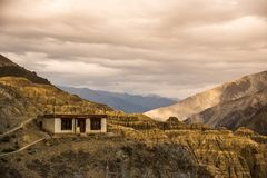 Lamayuru alluna Leh Ladakh, il Jammu e Kashmir, India Fotografia Stock