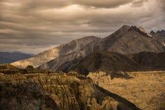 Lamayuru landt Leh Ladakh, Jammu en Kashmir, India op de maan Royalty-vrije Stock Afbeeldingen