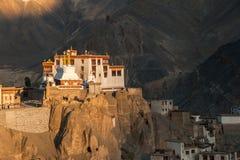 Lamayuru ou Yuru Gompa, distrito de Kargil, Ladakh ocidental, Índia Fotografia de Stock Royalty Free