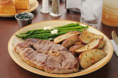 Lamb chops and asparagus Stock Images