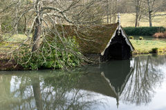 LAMBERHURST, KENT/UK - MARCH 5 : View of the boathouse on the Sc Royalty Free Stock Photos