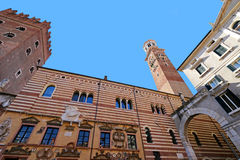 The Lamberti Tower (Torre dei Lamberti) and Palazzo della Ragione in Verona, Italy Stock Photo
