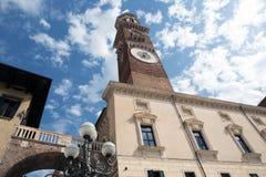 Lambertitoren in Verona Stock Afbeeldingen