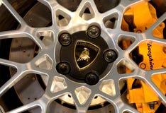 Lamborghini商标在轮子的 库存照片