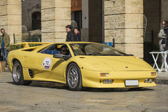 Lamborghini蝙蝠鱼黄色 库存照片