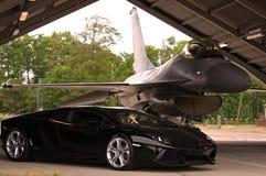 Lamborghini e F-16 Immagini Stock