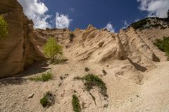 Free Lame Rosse Stock Photography - 155606402