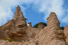 Free Lame Rosse Royalty Free Stock Photos - 155625378