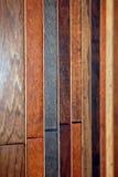 Lamellenförmig angeordneter Bodenbelag Stockbild